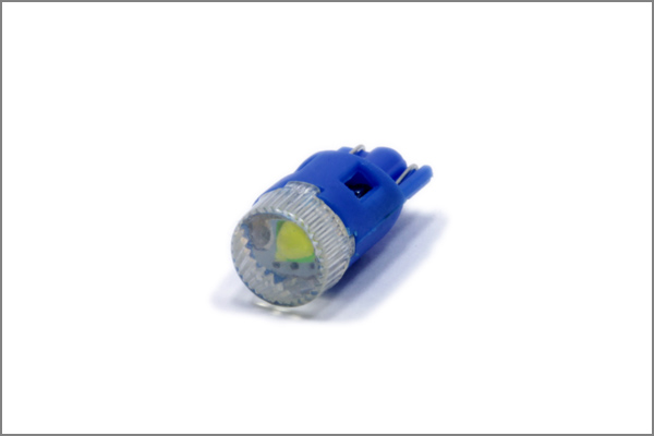 1x 1SMD W5W SMD LED Glassockel T10 CANBUS